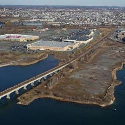 Wynn Boston Harbor - Mystic River Cleanup
