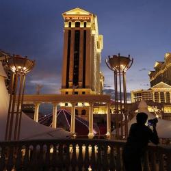 Las Vegas Casino Workers Plan May 22 Strike Vote